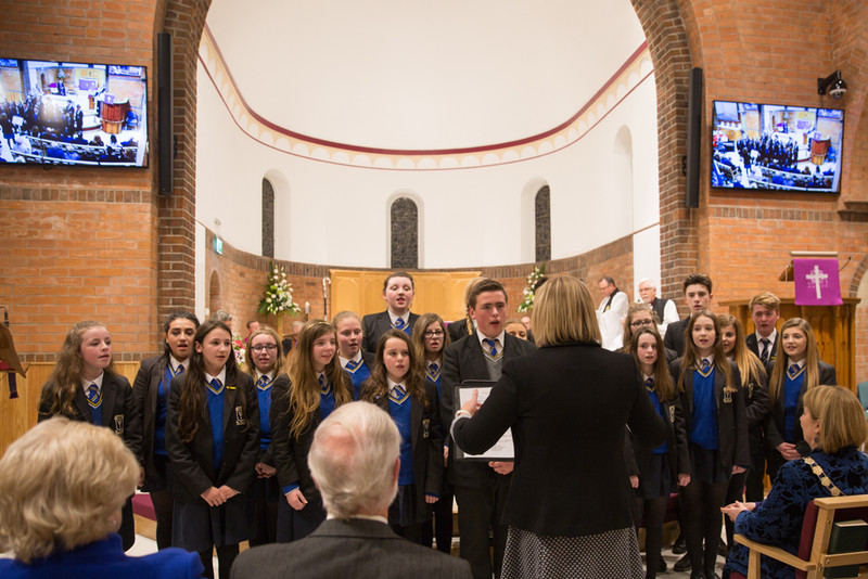 St Columbanus College Choir sing A Choral Benidiction